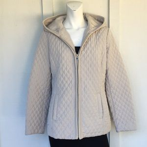 ESPRIT- tan coat size small great condition